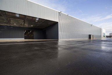 Industrial Warehouse with Onsite Cafe  for Lease Manukau Auckland