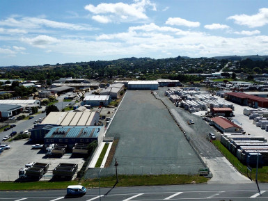 Fully Fenced Industrial Warehouse  for Lease Papakura Auckland