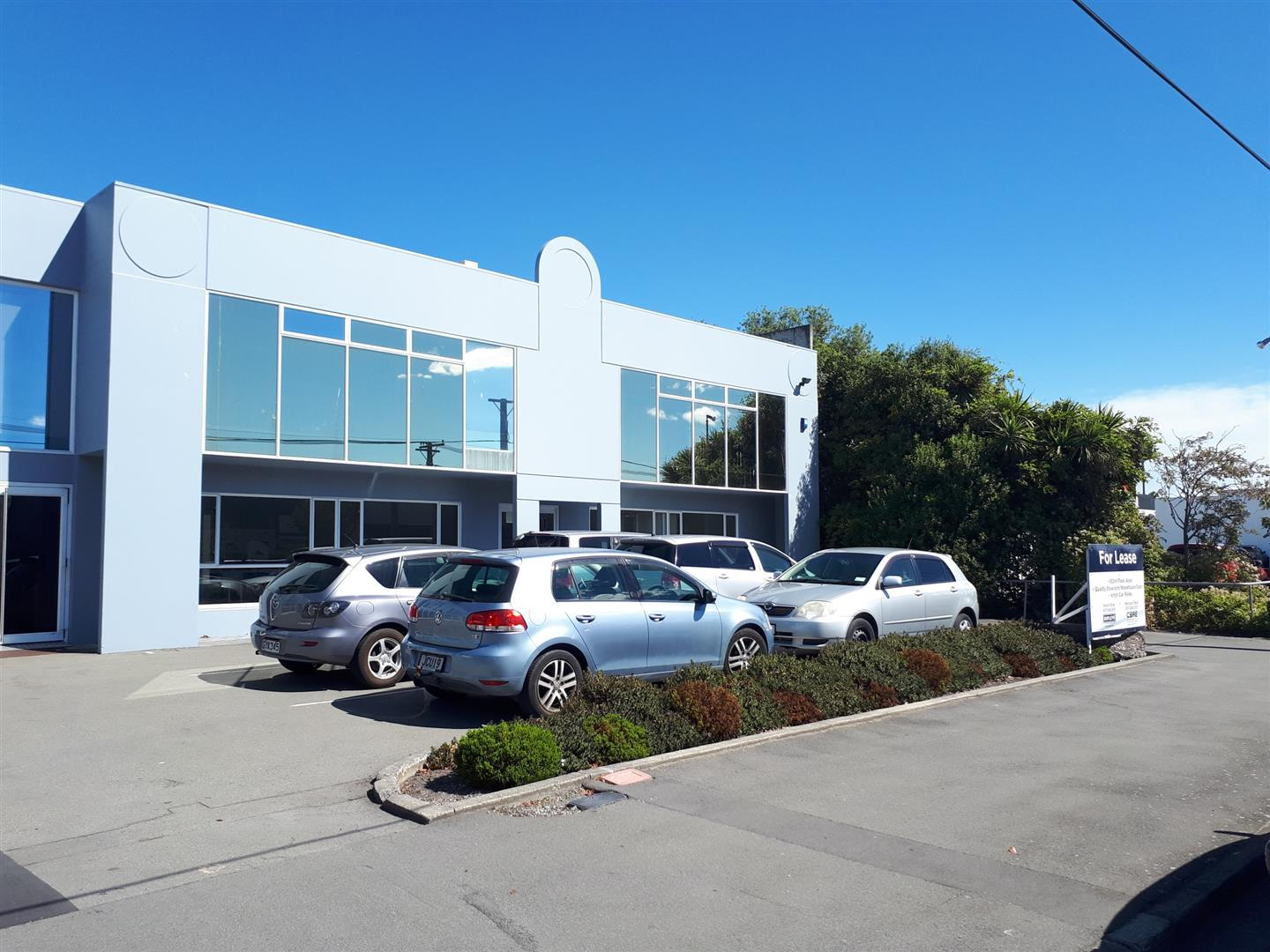 Industrial Warehouse with Office and Showroom  for Lease Waltham Christchurch
