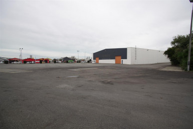 Modern Industrial Warehouse  Property  for Lease
