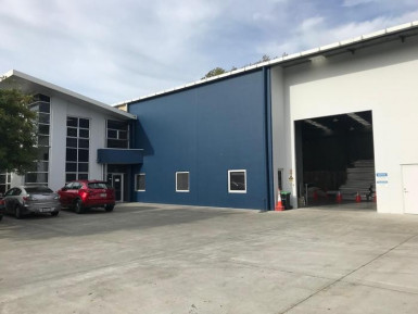 Industrial Warehouse with Upstairs Office  for Lease Middleton Christchurch