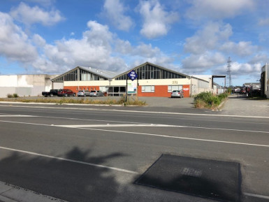 Fantastic Warehouse Facility  for Lease Bromley Christchurch