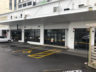 Retail with Carparking  Property  for Lease