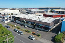 High Profile Trade Warehouse Property for Lease Penrose Auckland