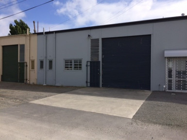 Small Industrial Unit  Property  for Lease