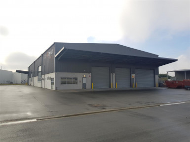 Warehouse with Crane  Property  for Lease