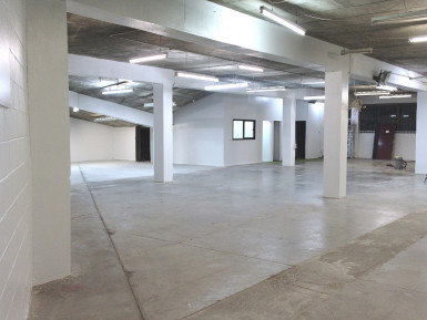 Warehouse Retail and Showroom   Property  for Lease
