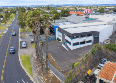 Small Industrial Warehouse  for Lease Mount Wellington Auckland