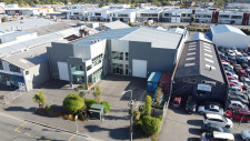 Modern Warehouse with 5T Gantry Property for Lease Addington Christchurch