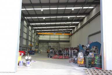 High Stud Warehouse with Gantry Crane  for Lease Henderson Auckland