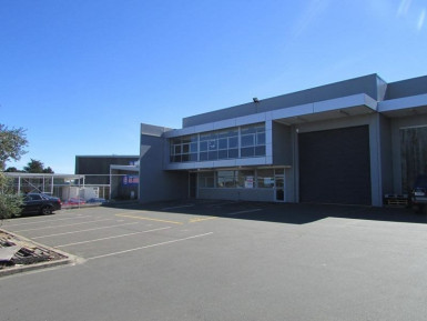 Tidy Industrial Unit  for Lease Wiri Auckland
